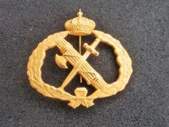 Fregio Da Basco Metallico Guardia Civil Spagnola Originale Mai Usato Completo - Esercito