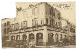 CPA GIVET, TACOTS, AUTOS, VOITURES ANCIENNES DEVANT L'HOTEL DU CHEVAL BLANC, ARDENNES 08 - Givet