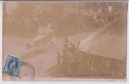 CARTE PHOTO ECRITE DE SUISSE - AVION FACTICE - FETE - CHAPITEAU - SPECTATEURS - 2 SCANS - - Cartes Postales