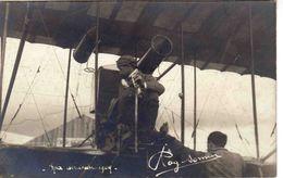 CARTE PHOTO .  AVIATION 1909  PILOTE....... - Aviateurs