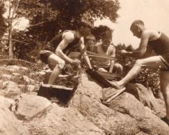 USA ? Groupe D'Hommes Sciant Du Bois Ancienne Photo Amateur Snapshot 1920's - Places