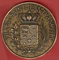 ** MEDAILLE  SAINT - JEAN  D' ANGELY ** - France
