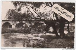 18 Saint-Amand-Montrond - Cpsm / Pont Sur Le Cher. Circulé. - Saint-Amand-Montrond