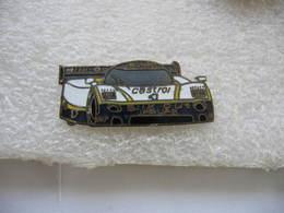 Pin's Formule 1, Silk Cut Jaguar. Sponsor Huiles Castrol - F1