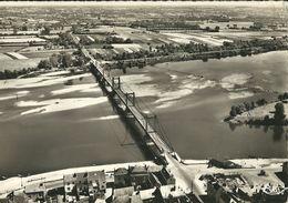 Montjean : Le Pont Sur La Loire - France