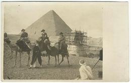 Carte Photo EGYPTE GIZEH Pyramide Sphinx En Réparation échafaudage Touristes Dromadaires - Gizeh