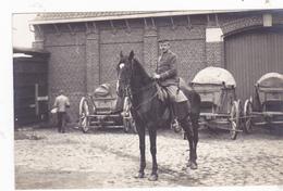 France Soldats Allemands Avec Cheval - Guerre 1914-18