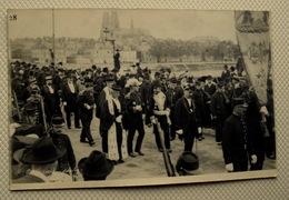 Cpa CARTE PHOTO DUBREUIL MILITARIA AVANT GUERRE ORLEANS LOIRET 45 FÊTES JEANNE D'ARC Défilé De Militaires Personnalités - Orleans