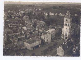 THIVIERS - L'Eglise Et Place Foch - Thiviers