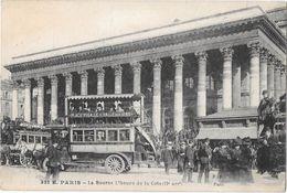 """PARIS  -- 75002 - La Bourse à L'heure De La Cote  -Omnibus à Chevaux  """" Place Pigalle - Halle Aux Vins """" - Paris (02)"""