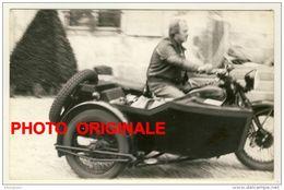 Photo Moto Side-car - Format Carte Postale 139 X 90 - Motorräder