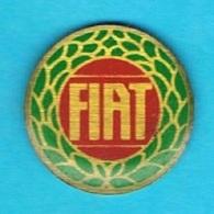 1 PIN'S //  ** LOGO ** FIAT ** - Fiat