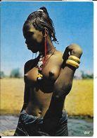 CPA / PK / AK   Belle Africaine (  Postée Au Burkina Faso ) - Afrique