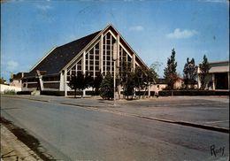 44 - TRIGNAC - Eglise Moderne - Architecte Ganucheau - France