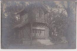 CARTE PHOTO D'UNE VILLA EN CHARENTE MARITIME - CACHET POSTAL DE MARENNES A SAINT PORCHAIRE - ECRITE 1906 - 2 SCANS - - Autres Communes