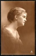 8835 - Glückwunschkarte - Hübsche Junge Frau - Pretty Young Women - Gel 1918 - Photographie