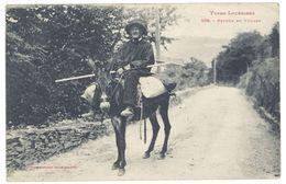 Cpa Types Lozériens - Retour Du Village ( Homme Sur Mulet ) - France