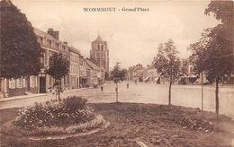 59. WORMHOUT. GRAND'PLACE.  TERRE PLEIN FLEURI.  ANIMATION. - Wormhout