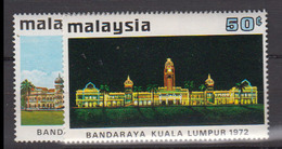 MALAYSIA        1972      N.  100  / 101       COTE    7 , 00      EUROS        ( S 937 ) - Malaysia (1964-...)