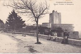 17. FOURAS. CPA. SQUARE VAUBAN ET SÉMAPHORE . ANIMATION - Fouras-les-Bains