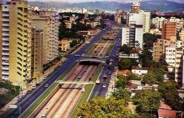 Caracas - Venezuela - Av.libertador De Transito Rapito Une La Ciadad De Ste A Oeste - Formato Piccolo Viaggiata – E 4 - Venezuela