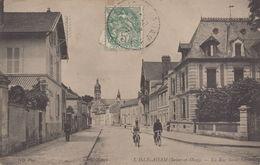 L'Isle-Adam : La Rue Saint Lazare - L'Isle Adam