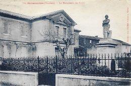84)   RICHERENOCHES  - Le Monuments Les Ecoles - France