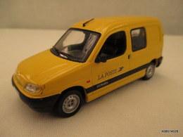 VOITURE Miniature  1/43 Em CITROEN  BERLINGO -  La Poste  PEINTURE D'ORIGINE Jaune Etat Proche Du Neuf - Jouets Anciens