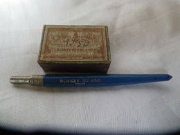 ANCIEN-PORTE-BLANZY-N-1650-plume-CADMEENNE-N-45-boite-de-plumes-serg-major - Plumes