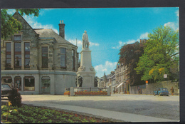 Scotland Postcard - Mungo Park Statue And High Street, Selkirk    DC1511 - Selkirkshire
