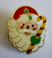 BROCHE METAL EMAILLE - PERE NOËL LUMINEUX - Christmas