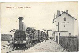 FRANXAULT (21) Intérieur De La Gare Train Locomotive Gros Plan - Altri Comuni