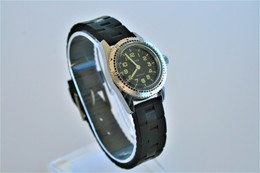 Watches : HERMA HAND WIND ANTICHOC DIVER LADIES RARE - Swiss Made - Running - - Montres Haut De Gamme