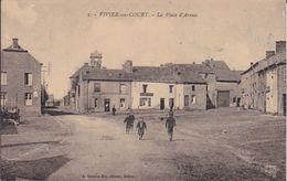 VIVIER AU COURT  La Place D'Armes - France