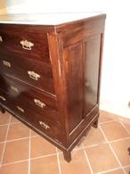 Comò Quattro Cassetti Stile Liberty, Con Sopra Pietra Di Marmo Originale Rotta. - Furniture