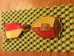 Medaille  / Medal -  Midzomertocht A.W.K / A.W.F - (Apeldoorn)  / Walking  / Tennengauer   - The Netherlands - Other