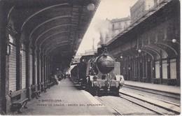4 POSTAL DE BARCELONA DE PASEO DE GRACIA - ANDEN DEL APEADERO (TREN-TRAIN-ZUG) - Barcelona