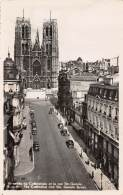 BRUXELLES - La Cathédrale Et La Rue Ste-Gudule - Lanen, Boulevards