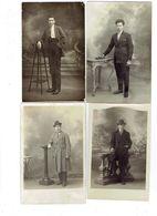 Carte Photo - Lot 4 - Garçon Jeune Homme En Costume élégant Mode Cravate Chapeau Cigarette Livre Manteau Gants - Uomini