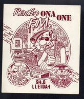 RADIO ONE ONE FM   LUCIEN MARGERIN BD - Autocollant Jaune Fluo  - Ref: 339 - Autocollants