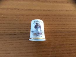 Dé à Coudre Porcelaine «Bretagne (costumes)» - Thimbles