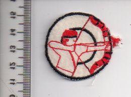 REF 10 : Écusson Patch Thème TIR A L'ARC Archerie Archer - Archery
