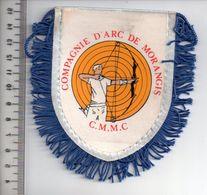 REF 10 : Écusson Patch Thème TIR A L'ARC Archerie Archer Arc Club MORANGIS - Tir à L'Arc