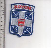 REF 10 : Écusson Patch Thème TIR A L'ARC Archerie Archer Arc Club NOYON - Tir à L'Arc