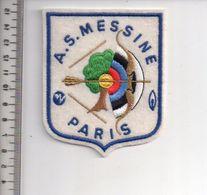 REF 10 : Écusson Patch Thème TIR A L'ARC Archerie Archer Arc Club Messine Paris - Tir à L'Arc