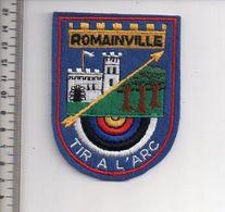 REF 10 : Écusson Patch Thème TIR A L'ARC Archerie Archer Arc Club ROMAINVILLE - Tiro Al Arco