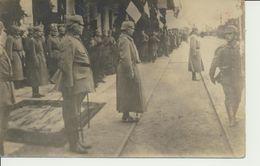 """AK """"Opa Beim Vorbeimarsch Am Kaiser Wilh. II"""" (Bahnhof) - Weltkrieg 1914-18"""