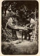 France Couple Joueurs De Cartes Au Jardin Ancienne Photo 1880 - Old (before 1900)
