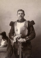 France Cambrai Militaire Cuirassier Dragon Ancienne Photo Carte Cabinet Marcoux 1890 - Old (before 1900)