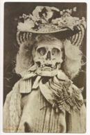 Weird Lady Skeleton, Postcard Postkarte Carte Postale - Cartoline